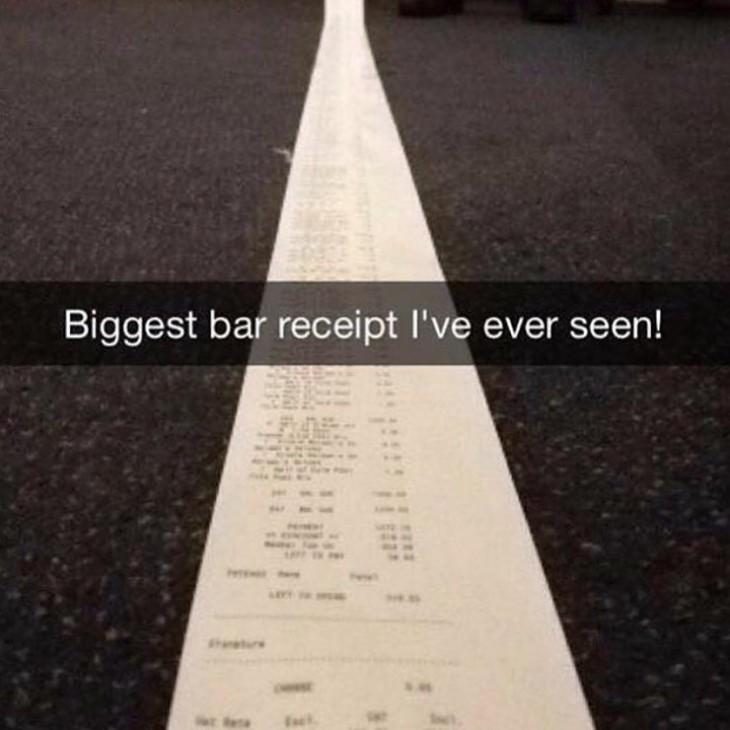 fotografía de snapchat de un ticket de bar largo