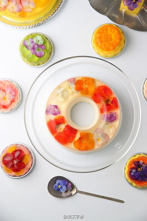 gelatina con botones de flor