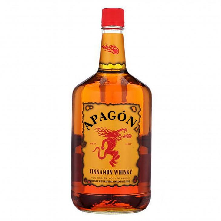 Botella de Whisky Firaball con la frase apagón en su etiqueta