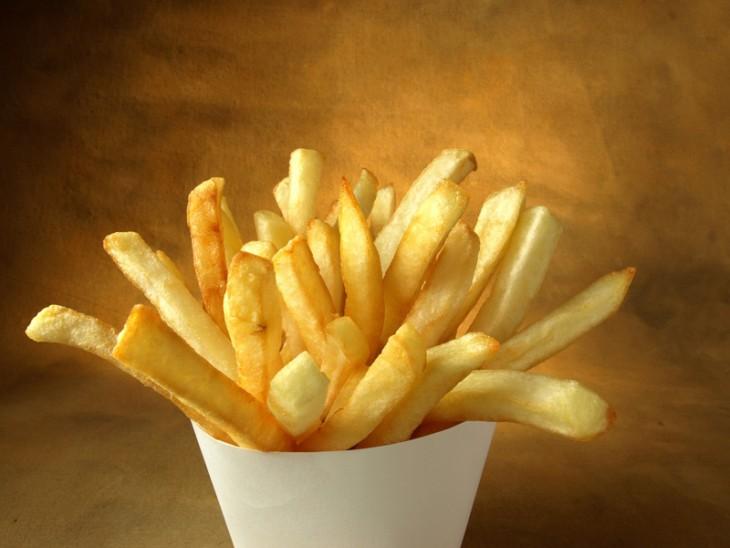 papas fritas al estilo belga