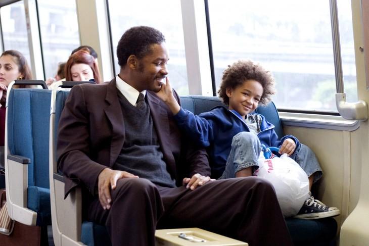 Will Smith en una escena de la película en busca de la felicidad