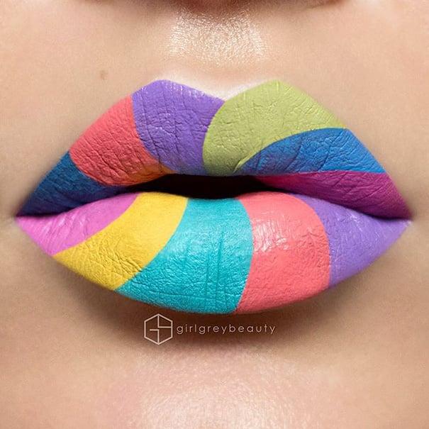 labios pintados de diferentes colores