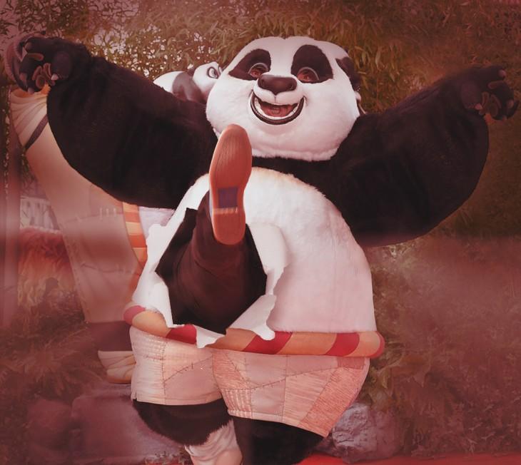 photoshop de jack black dando una patada a través de kung fu panda
