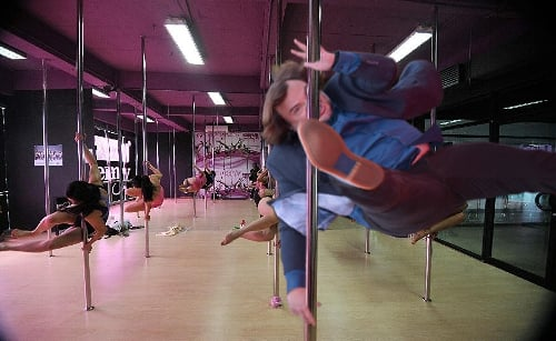 photoshop de Jack Black en un table dance