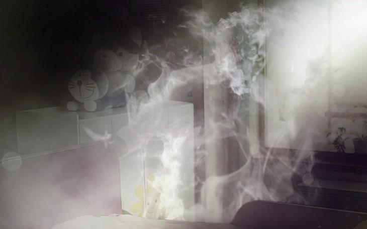 Photoshop a Kim Jong Un fumando en un orfanato formando su cuerpo con humo del cigarro