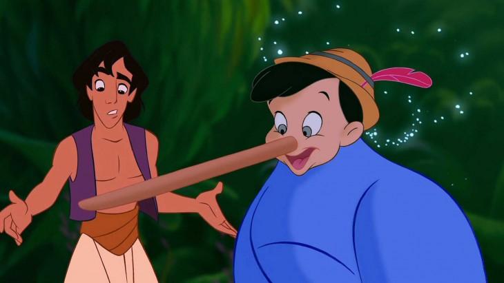 genio de Aladdin con la cara de pinocho