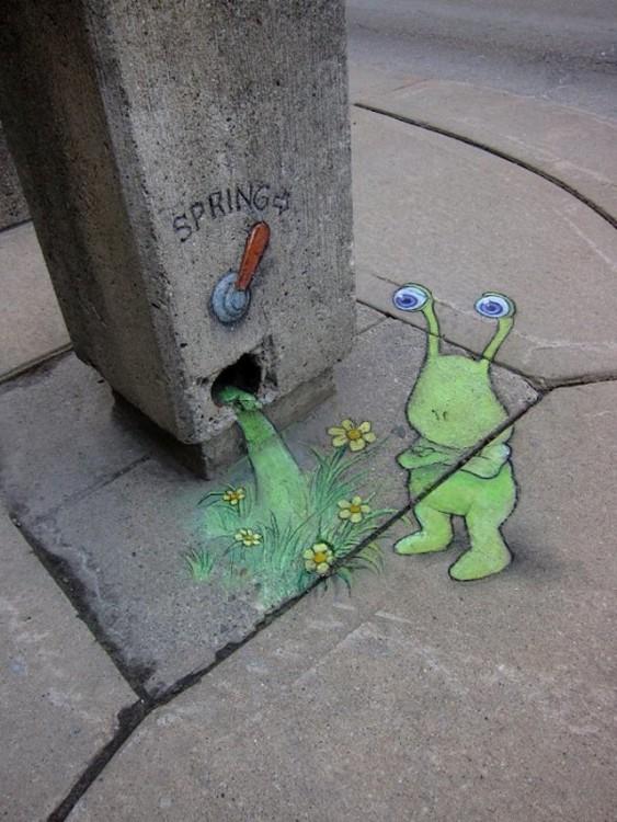 David Zinn crea obras de arte con tiza en las calles de Michigan