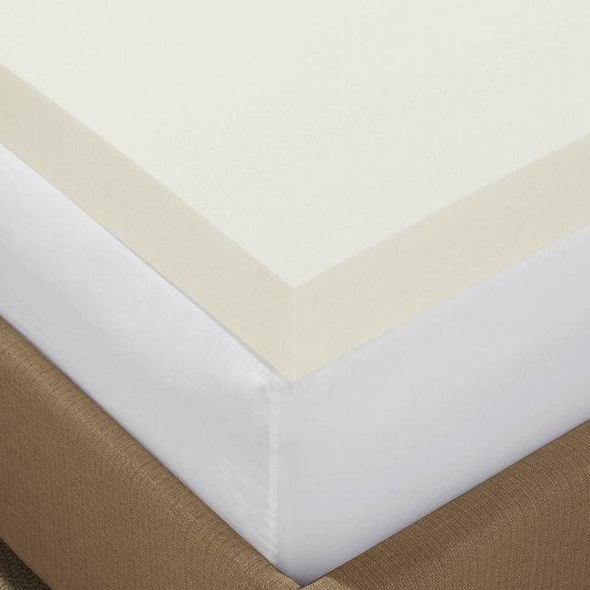 colchón de espuma suave sobre un colchón