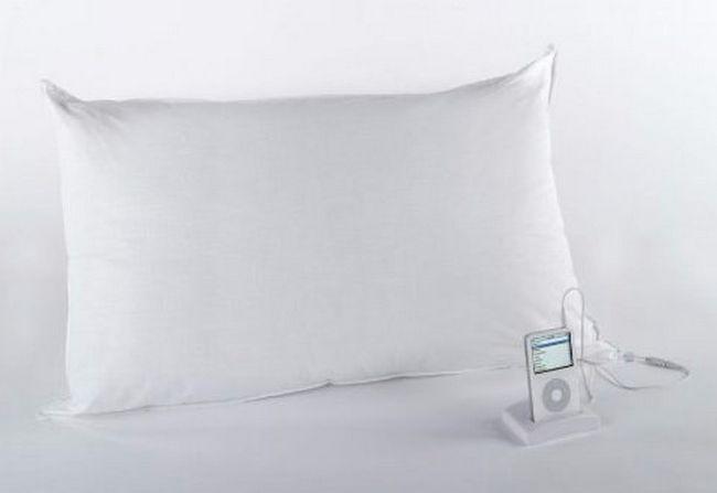 almohada con bocinas integradas