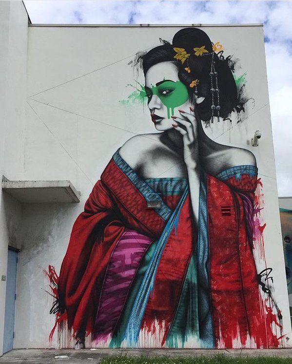 mujer pintada sobre un mural en una de las ciudades de Wynwood, Miami