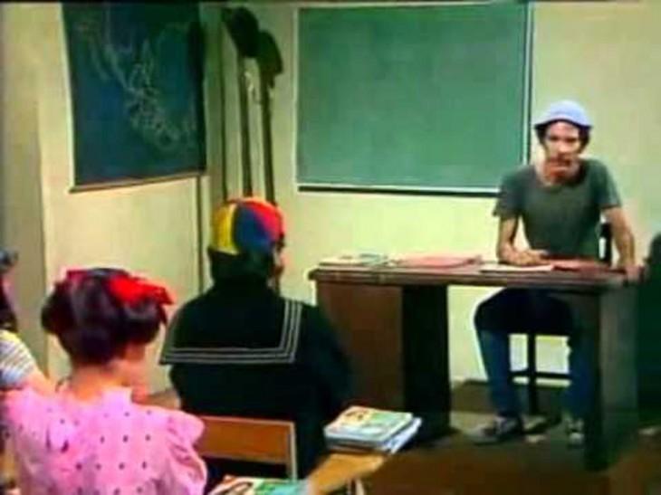Don Ramón como profesor de la escuela del chavo