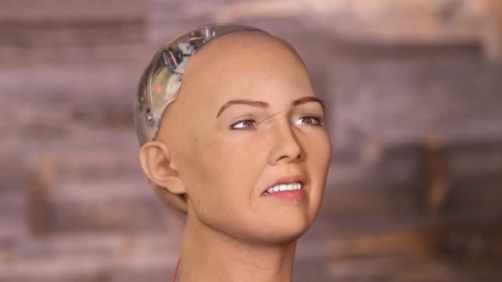 Sofía, el robot humanoide asegura que destruirá a la humanidad