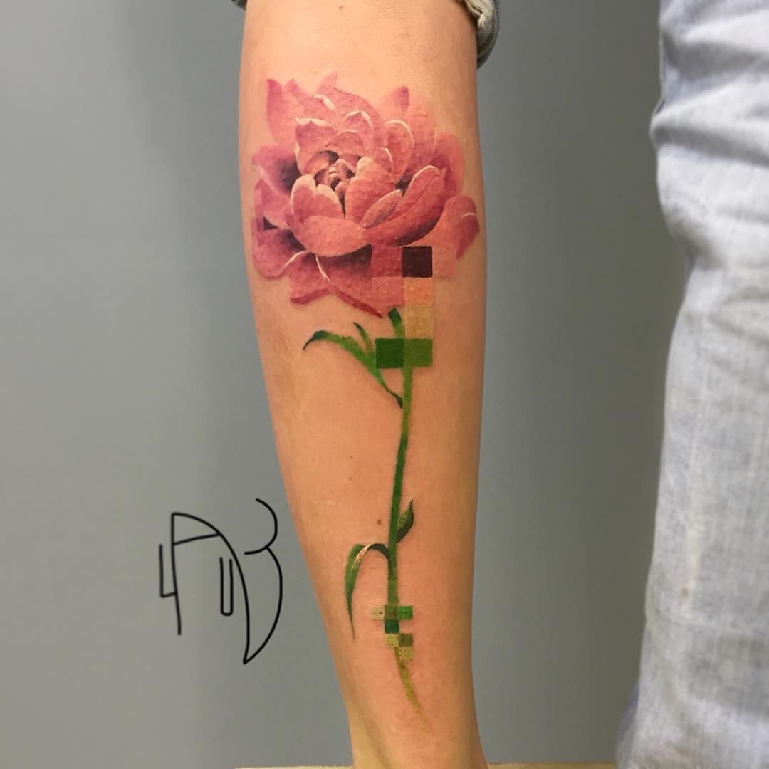 Tatuaje Flores Brazo Mujer - Tatuajes-flores-brazo