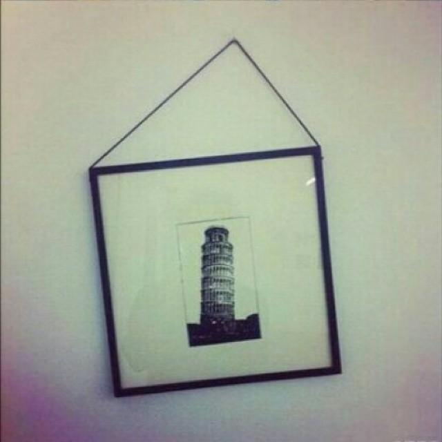 Cuadro de la Torre de Pisa chueco