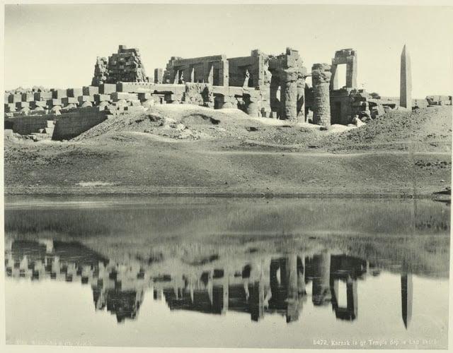 el gran templo de karnak y el lago sagrado