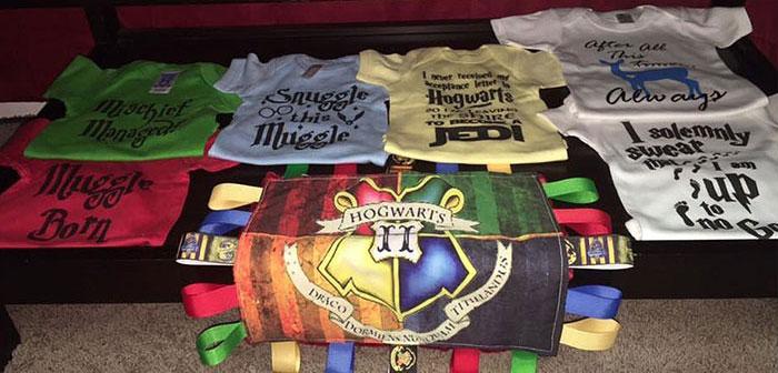 cuarto decorado harry potter, camisetas con serigrafia de la pelicula