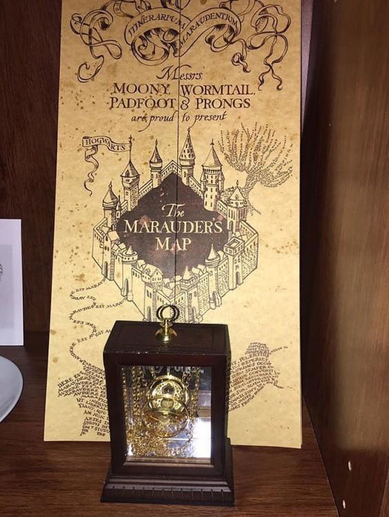cuarto decorado harry potter, mapa del merodeador