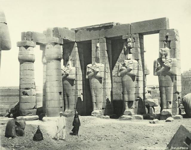 ramesseum estatuas de osiris