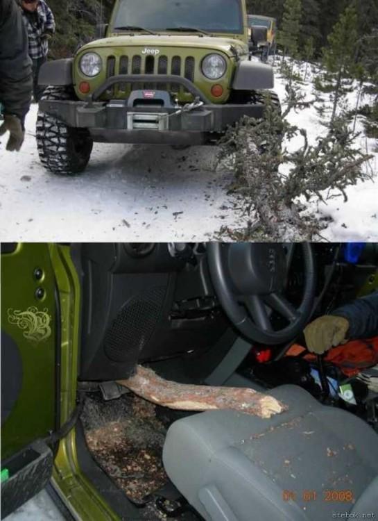 Rama se encaja en jeep