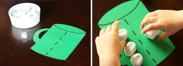 truco de la taza con malvaviscos para aprender a contar