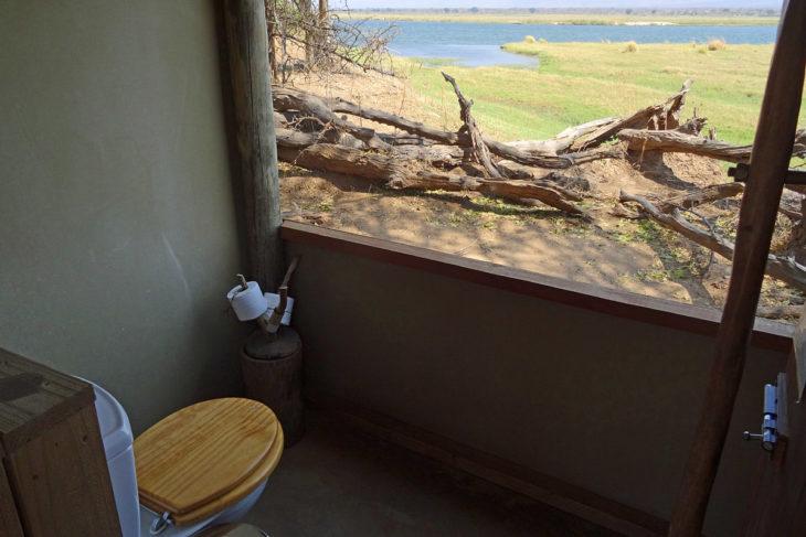 baño con una vista en Zimbabwe