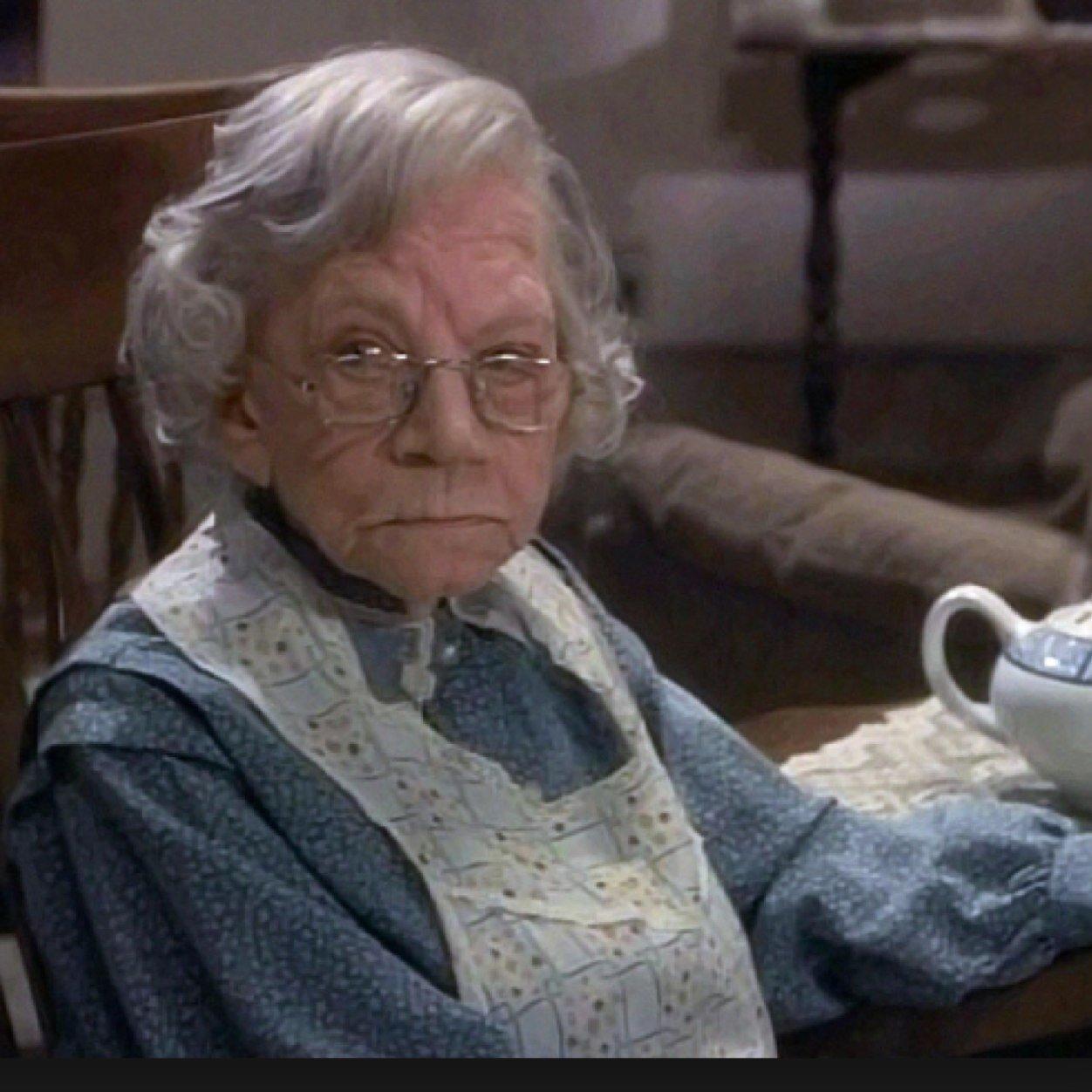 image Granny de antes de la guerra