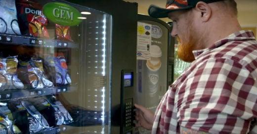 Como detectan las maquinas expendedoras las monedas falsas