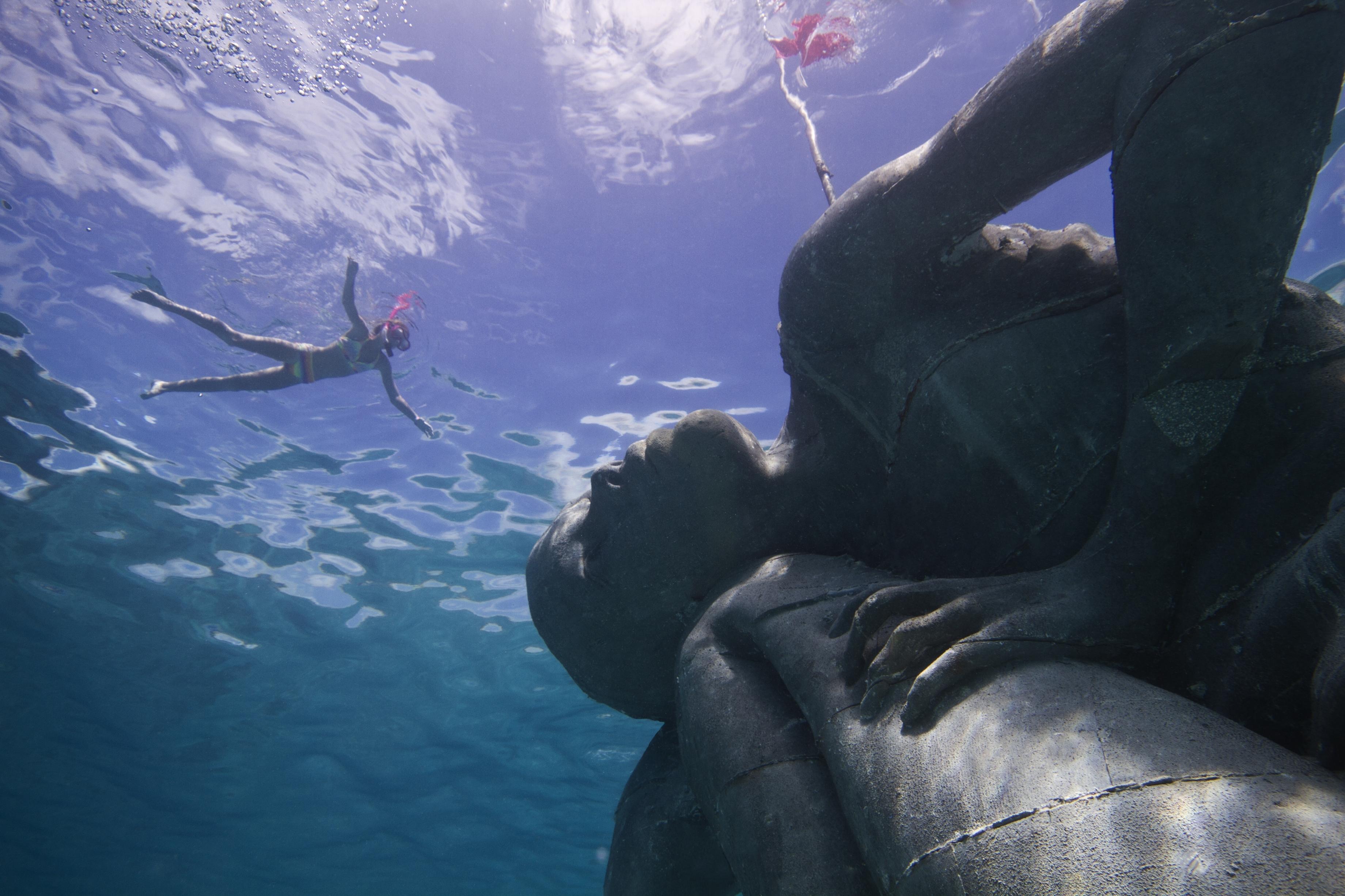 21 Obras De Arte Que Solo Podr U00e1s Ver Bajo El Agua