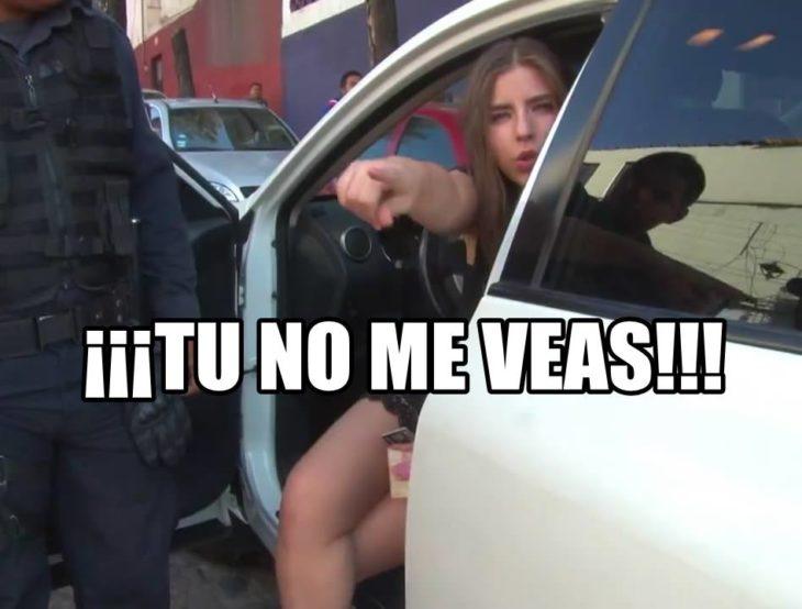 LADY 100 PESOS TU NO ME VEAS