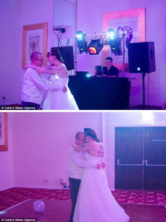 fotografías de una pareja bailando en la recepción de su boda