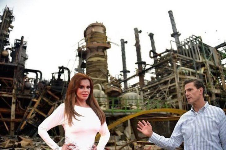 Meme de la visita de Peña Nieto a Pemex en Coatzacoalcos con Lucía Mendez