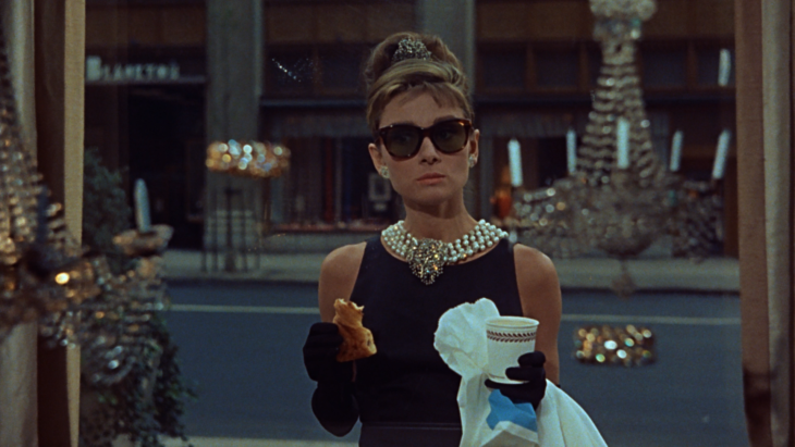 imagen de la protagonista de la película Breakfast at Tiffany's de Blake Edwards
