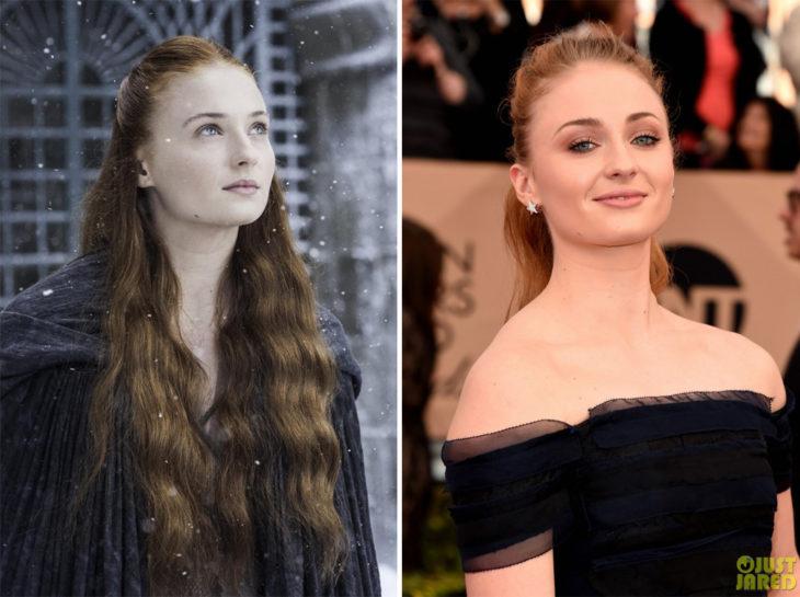 Sophie Turner en la vida real y en su personaje de Game of Thrones