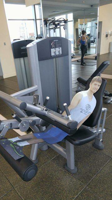 Kevin haciendo ejercicio
