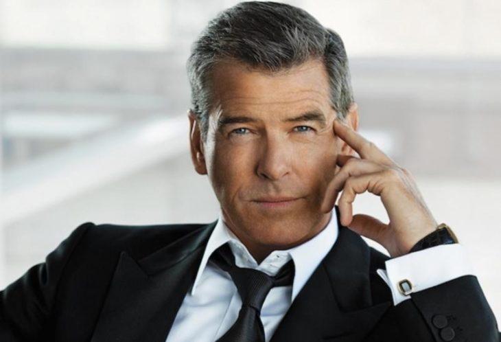 pierce brosnan hombre sexy de más de 40 años