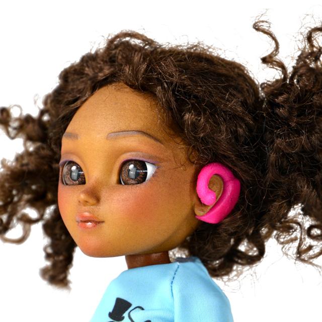 Muñeca con problemas auditivos Makies #ToyLikeMe
