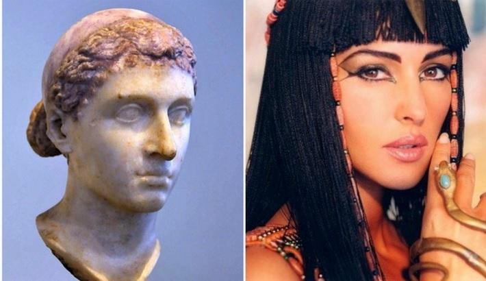 Personajes Históricos En La Vida Real. Cleopatra interpretada por Monica Belluci en la película Asterix y Obelix
