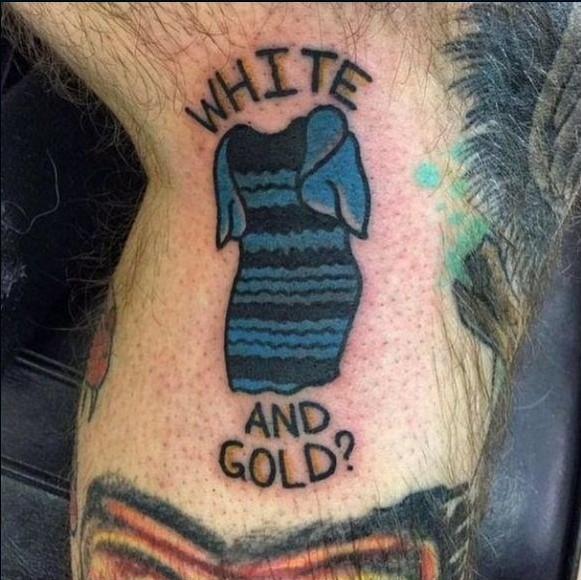 tatuaje del vestido blanco o dorado