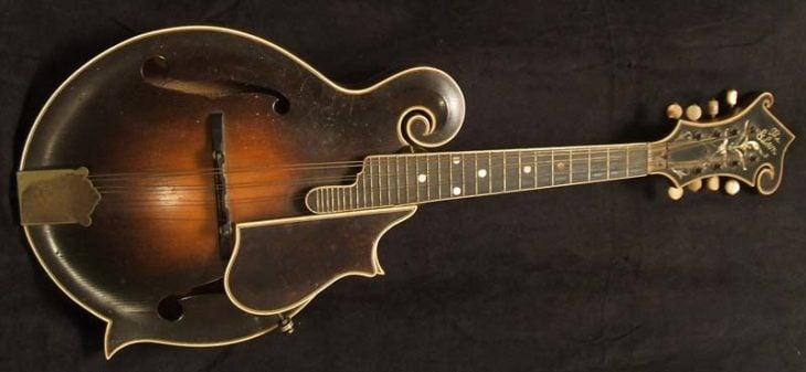 Mandolina Gibson F5 1939 vendida por sólo 80,000 dólares.
