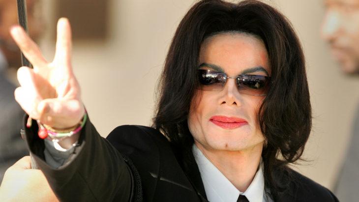 Michael Jackson después de sus múltiples cirugías