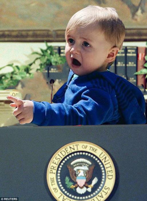 bebé sorprendido sobre el presidium del presidente de estados unidos de américa