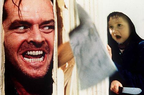 cara de un niño sorprendido en una famosa escena de la película el resplandor