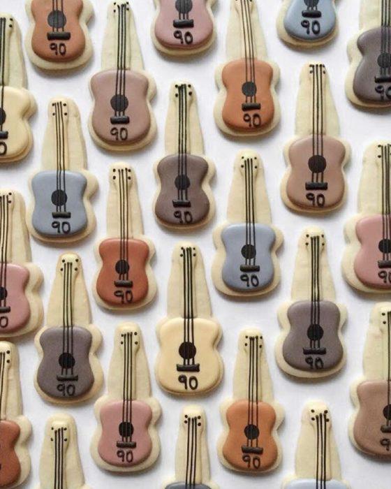 galletas en forma de violines