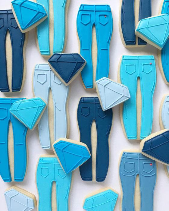 galletas en forma de pantalones y diamantes