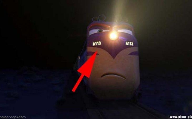 Disney en la película Cars aparece el código A113 en el número de tren