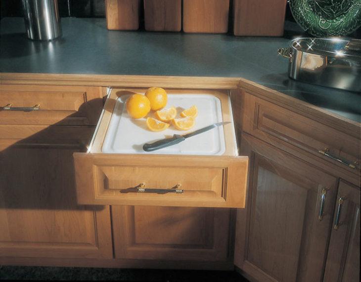 tabla para picar en el cajón