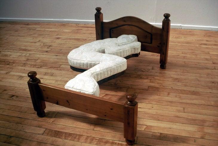 cama en una sola posición