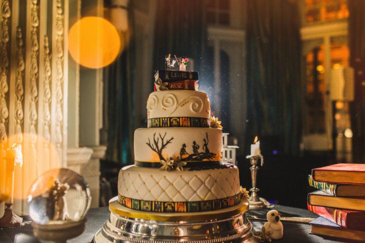 pastel de la boda que se celebró al estilo Harry Potter