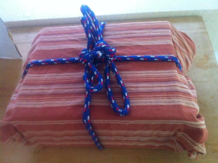Envuelve regalos con toallas y cuerdas