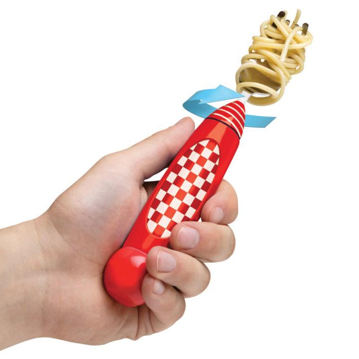Tenedor que gira para comer espagueti